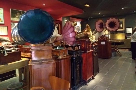 gramophonesmeubles